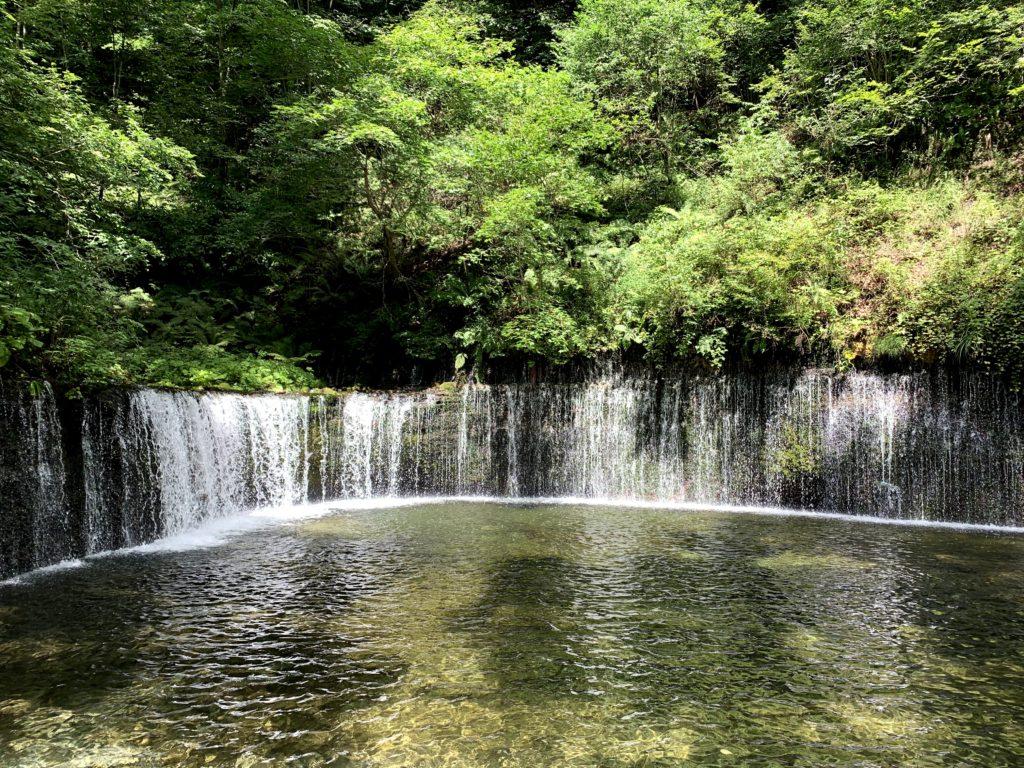 軽井沢のパワースポット「白糸の滝」