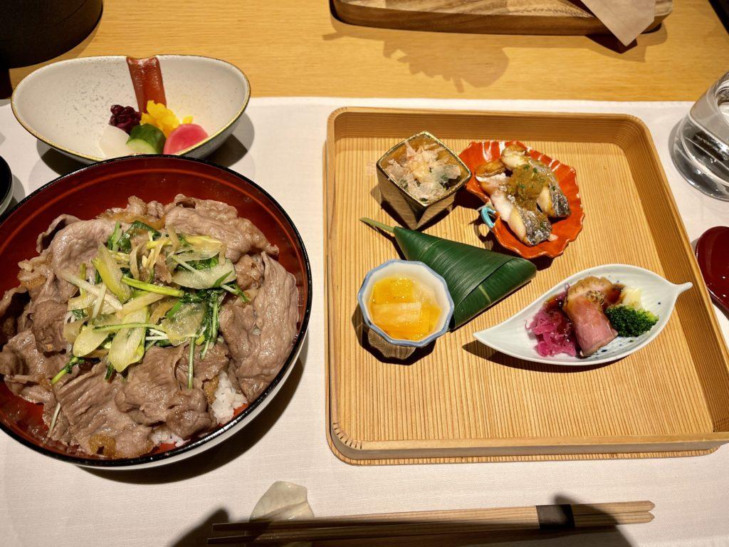 リッツカールトン京都のインルームダイニング和食と和牛丼