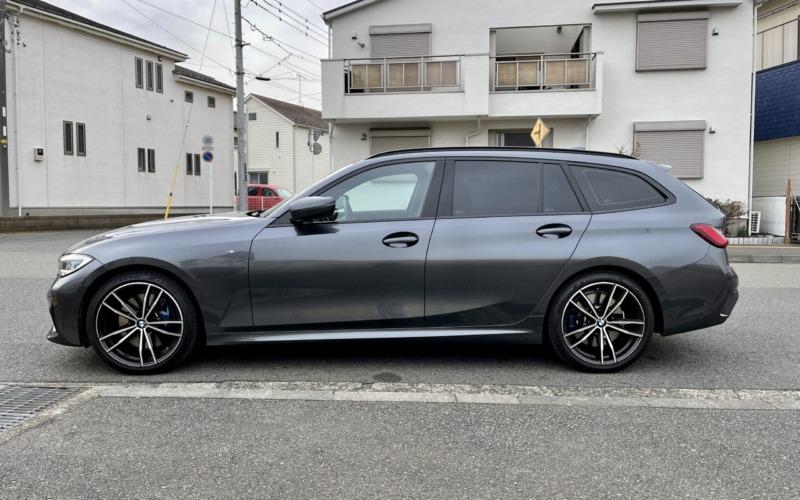 BMW320dツーリングの紹介-サイド