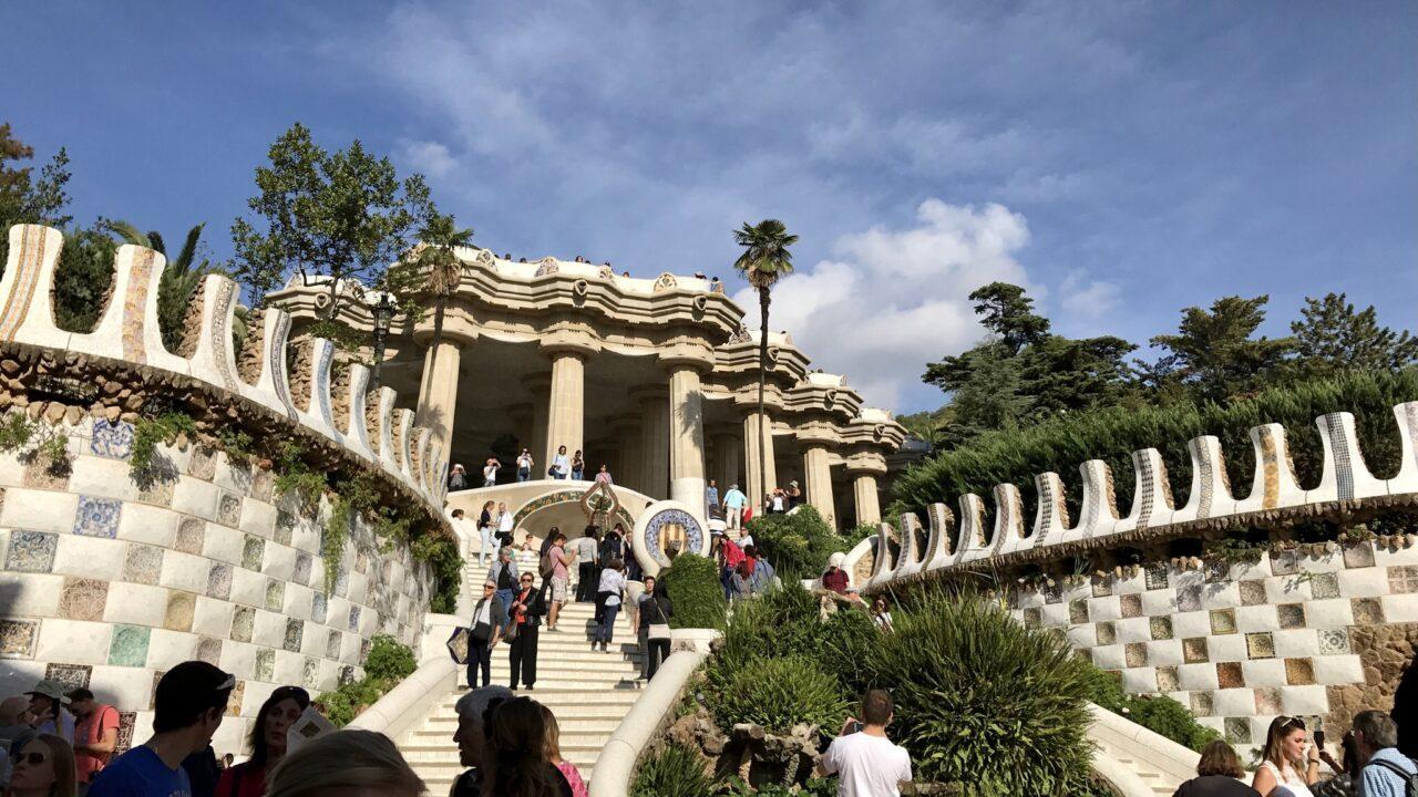 バルセロナ−ガウディ作品のグエル公園