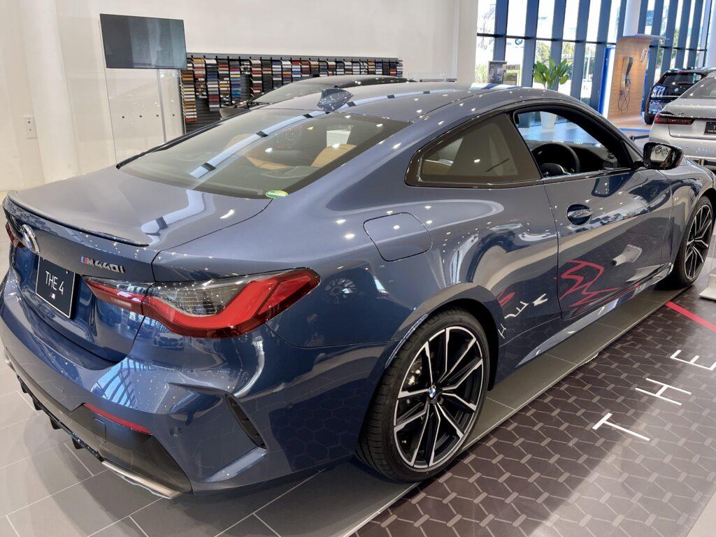 新型BMW M440i xDriveのエクステリア サイドビュー