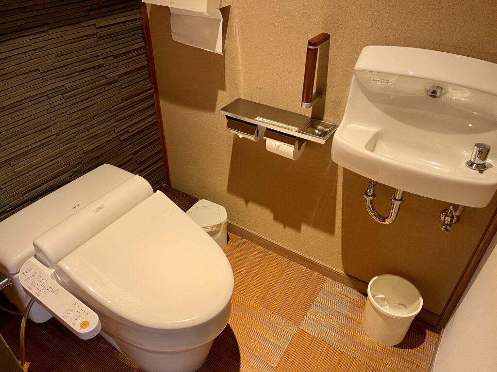 嵯峨沢館 客室トイレ