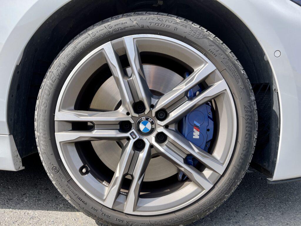 新型BMW M135i xDriveの外装 タイヤ