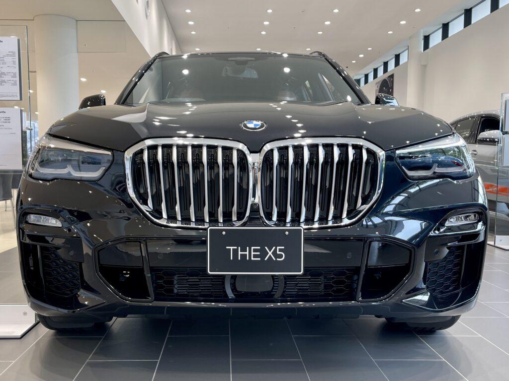 新型BMW X5 M50iの外装2