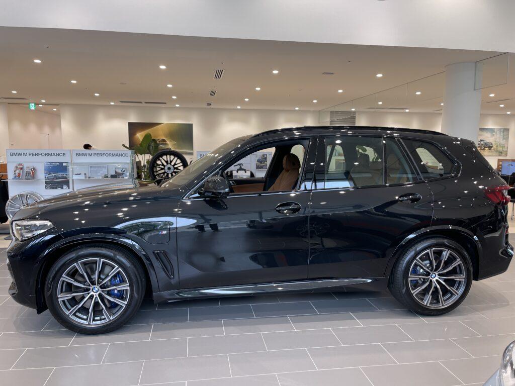 新型BMW X5 M50iの外装3