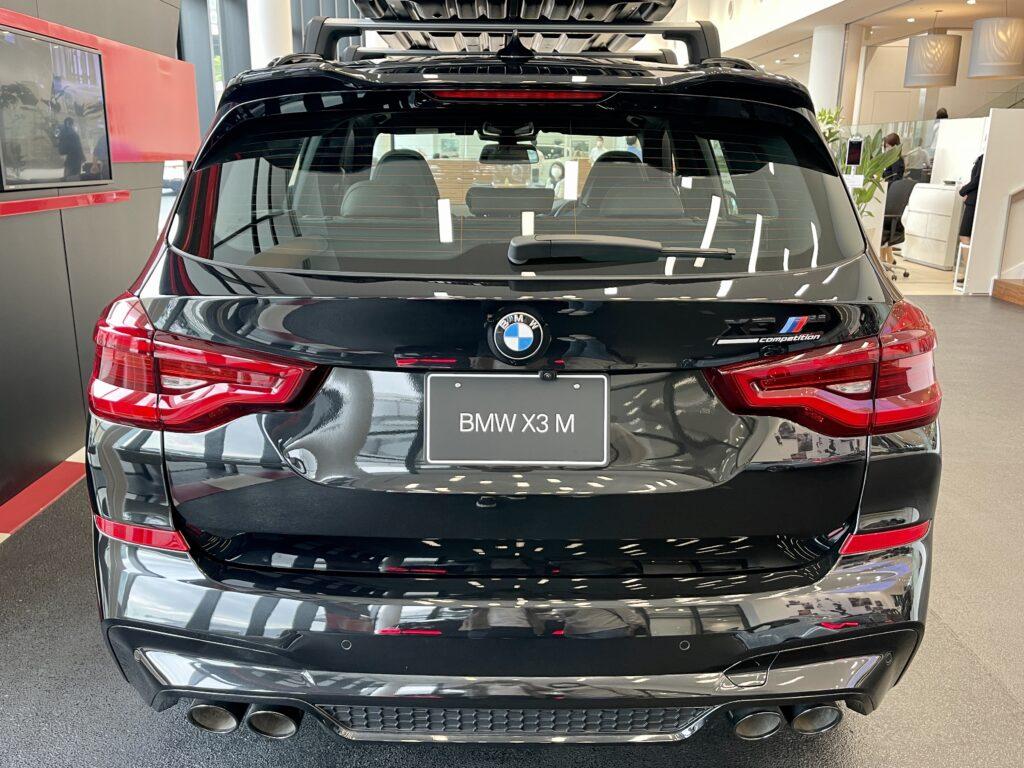 BMW X3Mのリアビュー1
