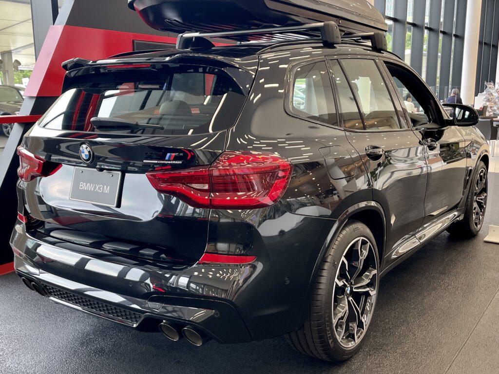 BMW X3Mのリアビュー2